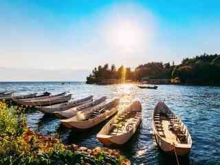 洱海阳光明媚风景图片高清桌面壁纸
