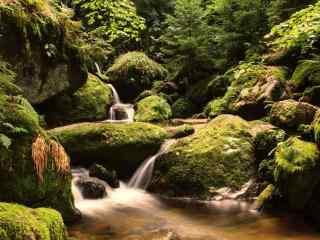 好看的瀑布山谷风景图片