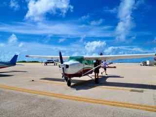 塞班岛小型飞机蓝