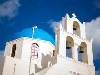 圣托里尼特色蓝顶教堂建筑风景图片高清桌面壁纸