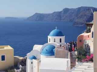 圣托里尼唯美蓝顶教堂风景图片高清桌面壁纸