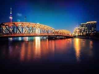 上海:梦幻灯光下的外白渡桥风景图