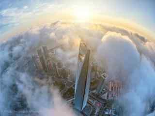 上海:云上高空视角下的上海清晨