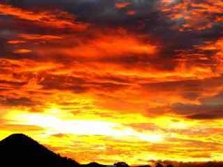 唯美火红的晚霞风景图片
