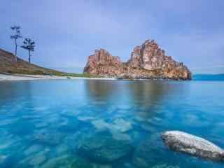 贝加尔湖悠悠湖水风景图片高清桌面壁纸