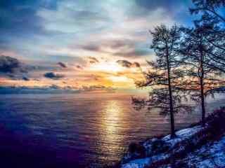 冬季贝加尔湖朝霞风景图片