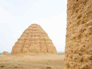 西夏王陵独特的皇家陵墓遗址图片