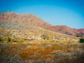 贺兰山脉秋季风景图片
