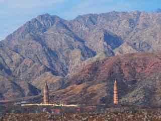 贺兰山双塔景观图片