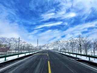 超好看贺兰山雪山风景图片
