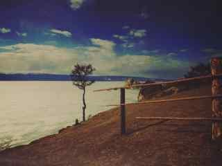 贝加尔湖湖畔寂寥风景图片桌面壁纸