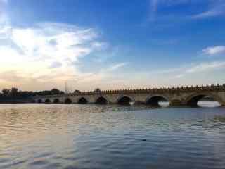 卢沟桥上唯美风景图片
