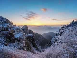 白雪覆盖的黄山唯