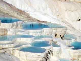棉花堡美丽白色岩