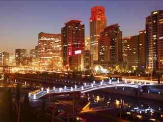 昏黄的城市夜景图片