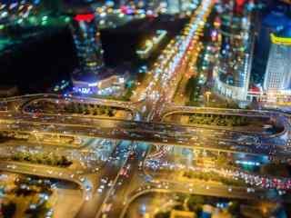 璀璨的城市夜景图片