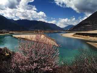 西藏雅鲁藏布江风