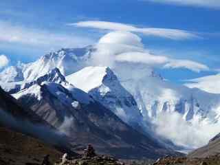 壮丽的珠穆朗玛峰雪山桌面壁纸