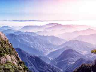 唯美晨光下三清山山峰风景桌面壁纸