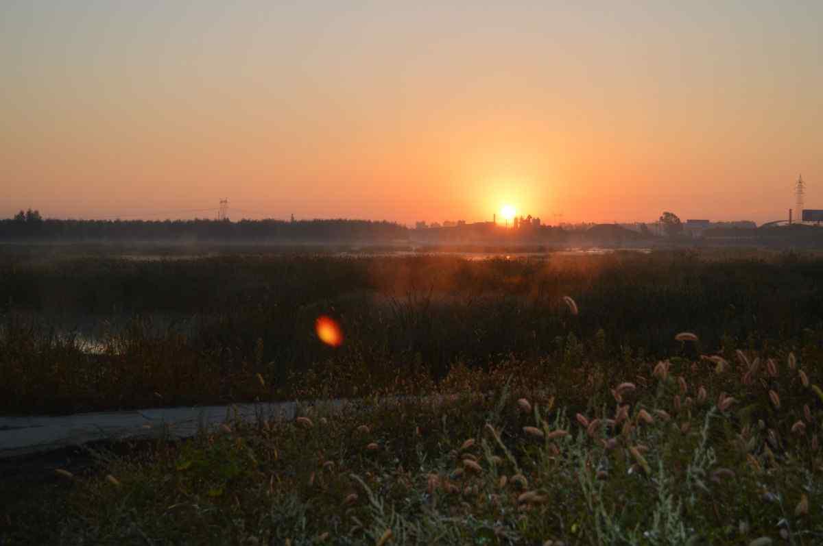 夕阳之下的辽河风景壁纸