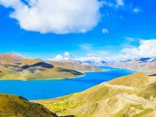 好看的西藏圣湖羊卓雍错桌面壁纸