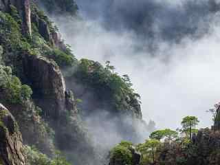 黄山悬崖峭壁的景