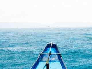 蔚蓝清新的长滩岛风景壁纸