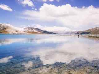 唯美壮丽的羊卓雍措圣湖桌面壁纸