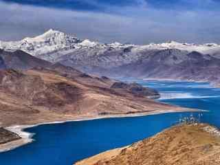 西藏旅游圣地羊卓雍措桌面壁纸