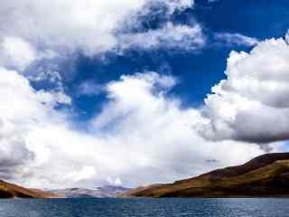 唯美好看的湖光羊卓雍措河流桌面壁纸