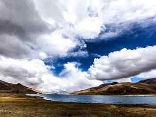 好看的羊卓雍措河流风景图片