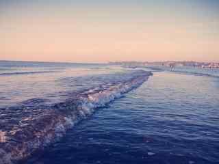 北戴河浪花拍打着