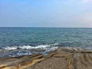 北戴河海面浪花拍