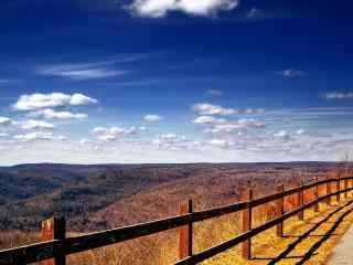蓝色乡村田园风景