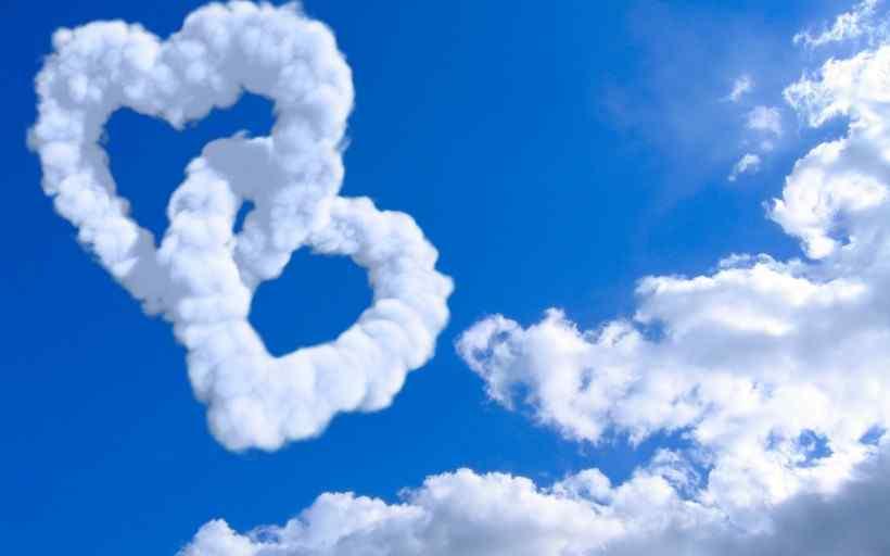 创意蓝色天空高清桌面壁纸