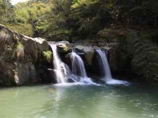 小清新庐山瀑布河流桌面壁纸