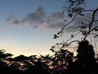 夕阳下的庐山风光桌面壁纸