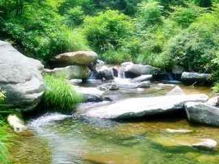 绿色护眼庐山山涧小溪桌面壁纸