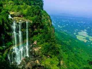 蜀南竹海壮丽的山涧瀑布桌面壁纸