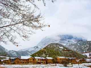冬日泸沽湖唯美雪