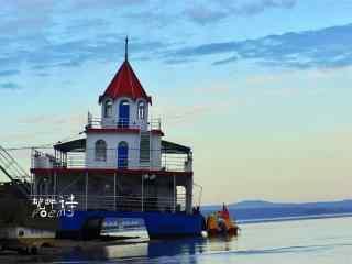 唯美黑龙江河流码头桌面壁纸
