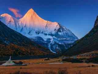中国最美山峰之三神山风景图片