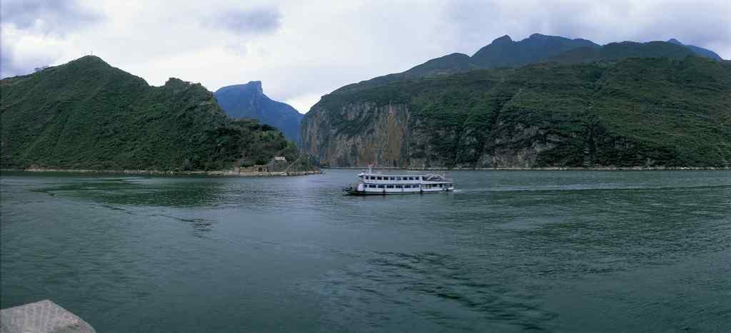 长江自然风景桌面壁纸