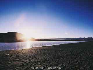 毕业旅行地之西藏湖边风景