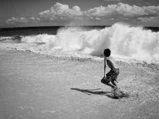创意黑白夏威夷海边风景图片