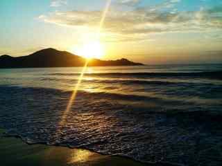 夕阳下的太湖风景桌面壁纸