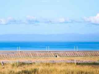 清新唯美的青海湖蓝天风景壁纸