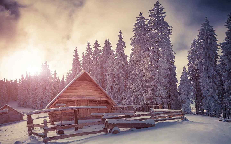 美丽的雪地小木屋风景桌面壁纸
