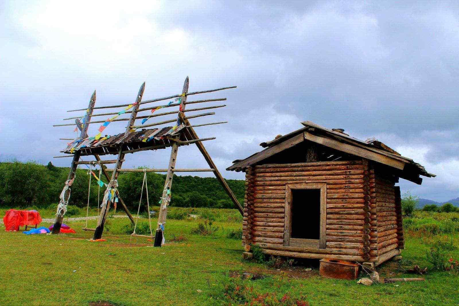 美丽的小木屋护眼风景壁纸