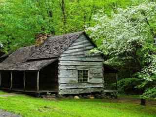梦幻的小木屋风景桌面壁纸
